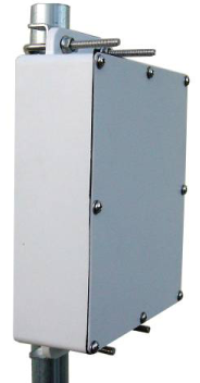"DCE-7x6x2 NEMA6 Weatherproof Die Cast Aluminum Enclosure with 6 engineered knockouts. 7x6x2"" interior space"