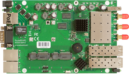 RB953GS-5HnT Mikrotik RouterBOARD 953G with 720MHz Atheros Scorpion CPU, 128MB RAM, 3 10/100/1000 ethernet ports, a triple chain 802.11a/n radio, RouterOS L5 - New!